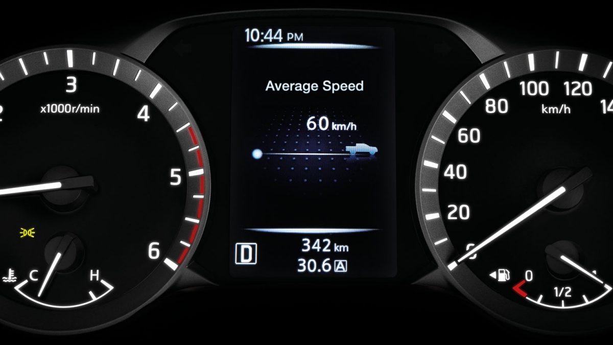 شاشة للتحكم في سرعة السيارة لنيسان نافارا