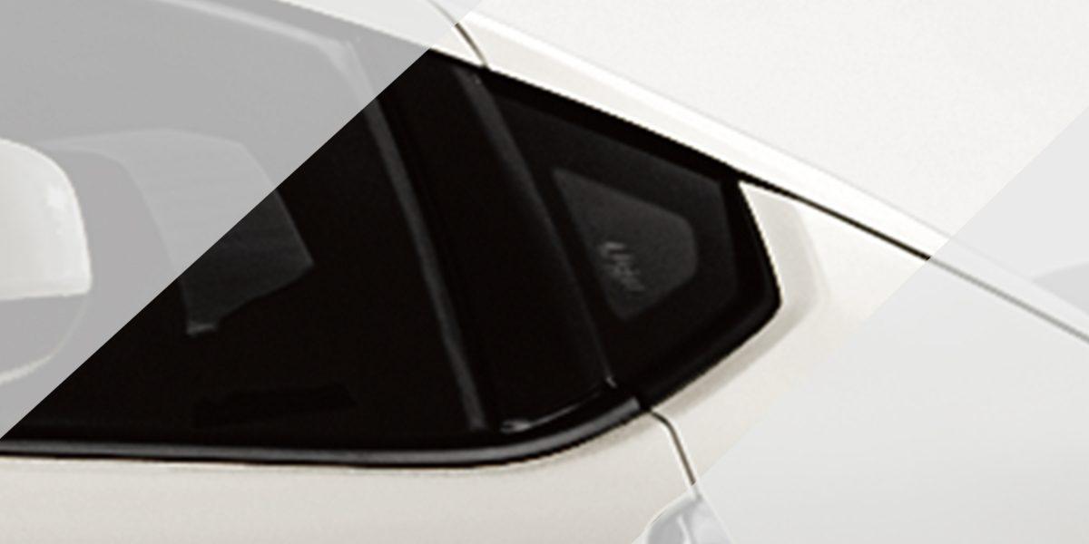 370Z نافذة خلفية صغيرة لسيارة نيسان