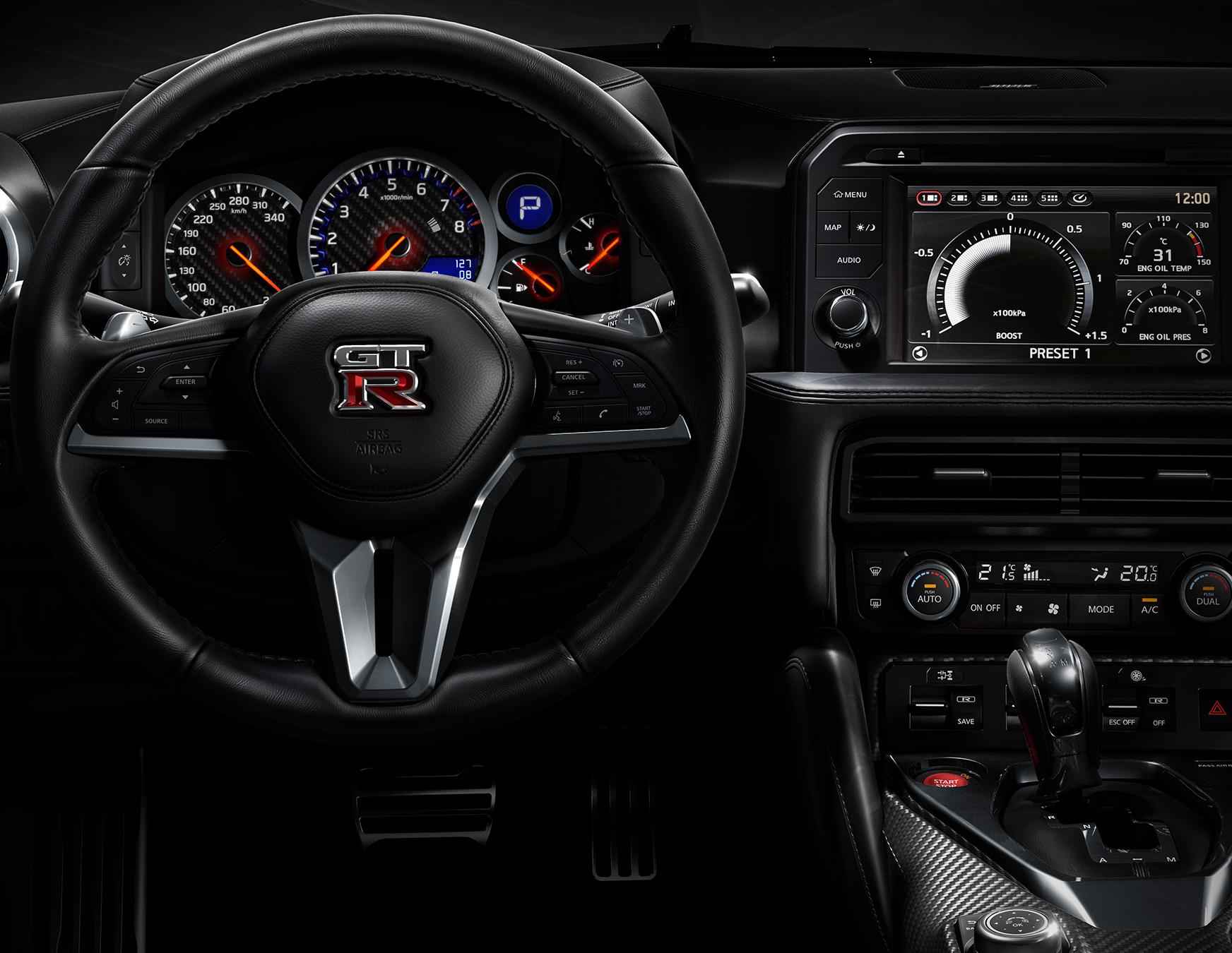 black gt-r dashboard