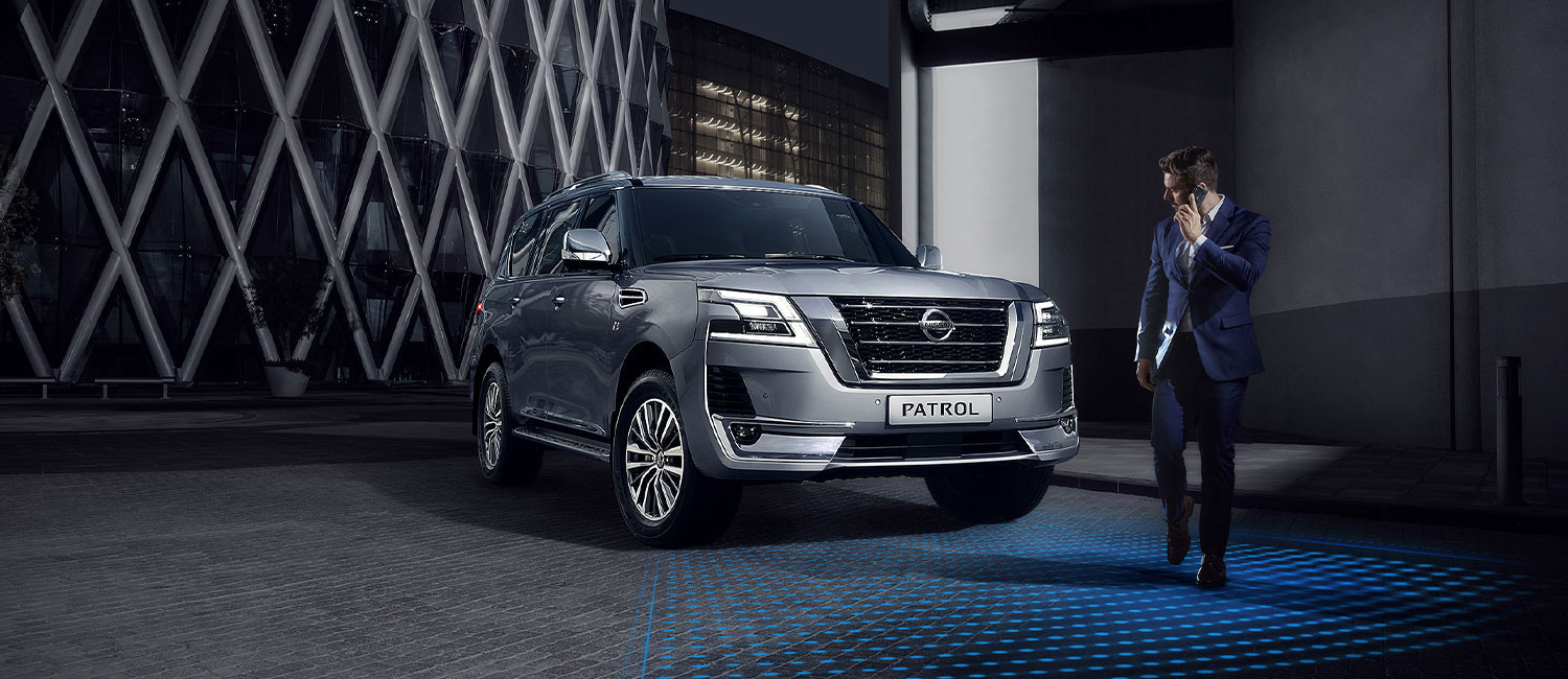 2020 NISSAN PATROL Intelligent Emergency Braking demo with a man crossing