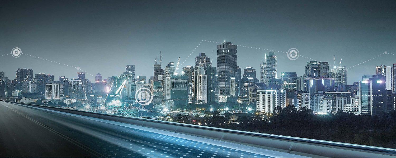 استخدام التقنيات الذكية في سيارات نيسان ألتيما على الطريق