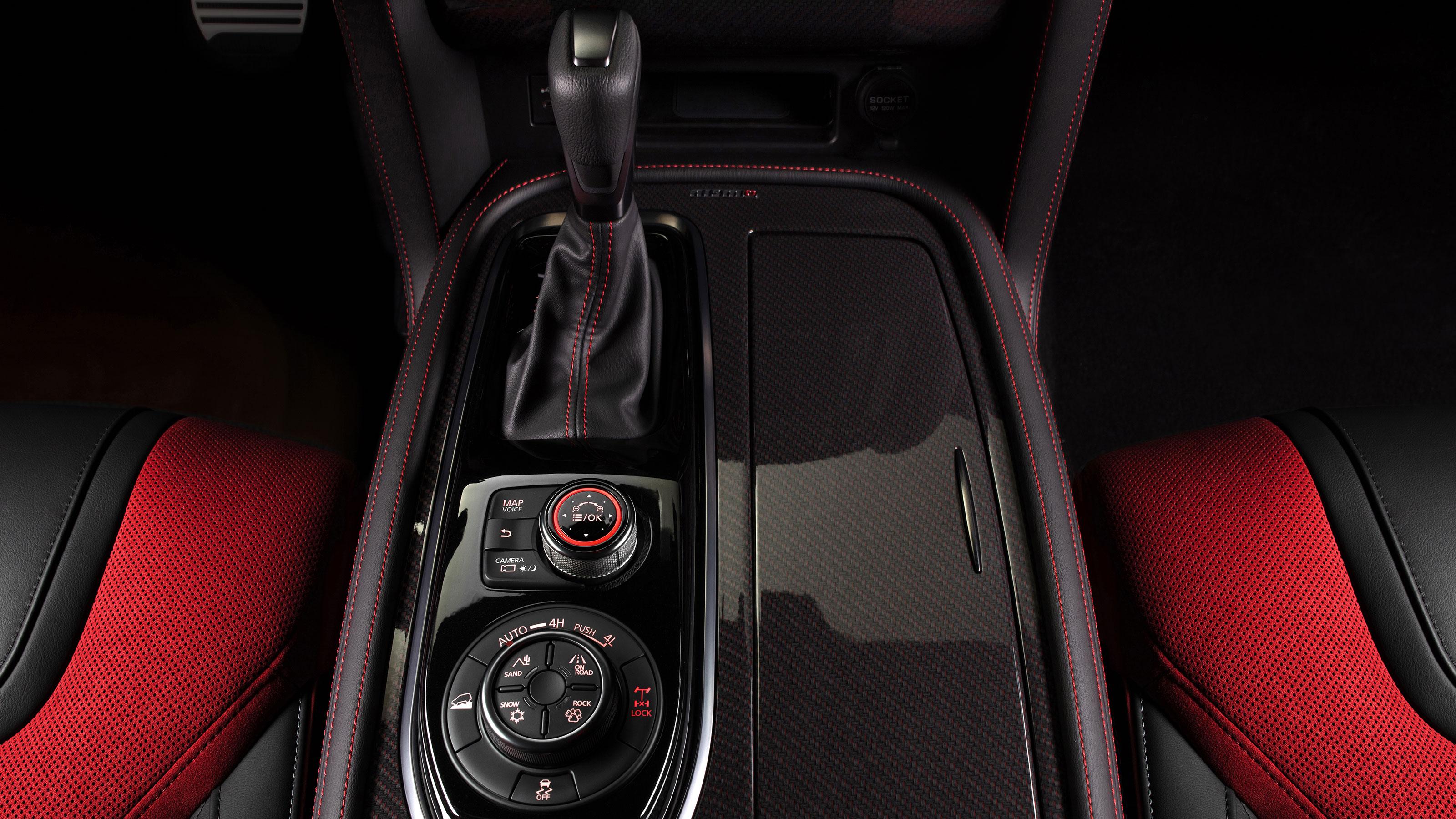 Nissan PATROL NISMO AC and transmission